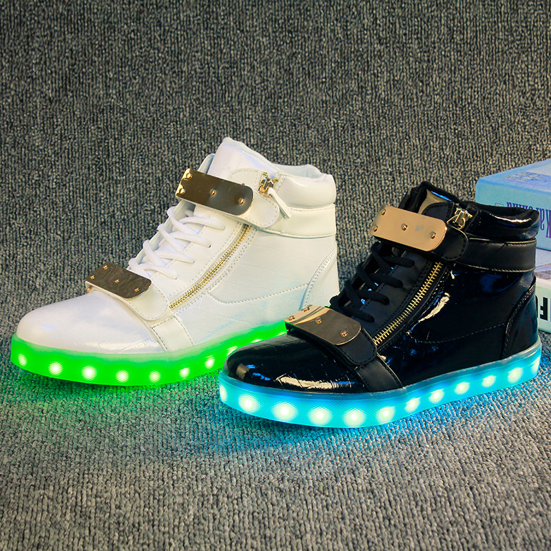 Fashion Kids Sneakers Children's USB Charging Luminous Lighted Sneakers Boy/Girls Colorful LED lights Children Shoes size 35-45 new fashion children usb charging led light shoes kids sneakers fashion luminous lighted boy girl shoes chaussure led enfant