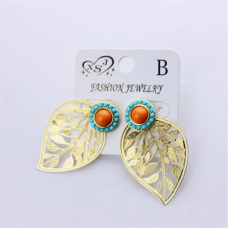 The new fashion women accessories girl beautiful birthday party can tear open outfit leaf type earrings