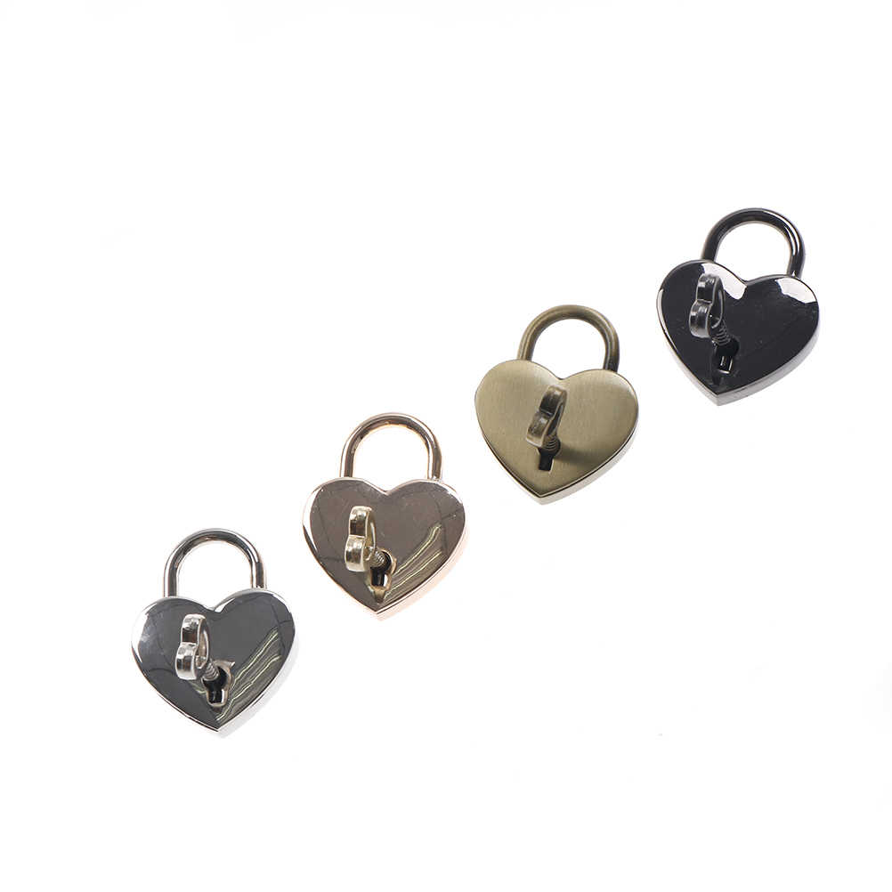 0e8148bbcf7f Popular lover Heart Love Locks Old Vintage Antique Style Small ...
