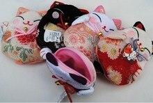 8 pieces Japanese style Lucky cat coin purses coin bags Zero Wallet Japanese kimono fabric