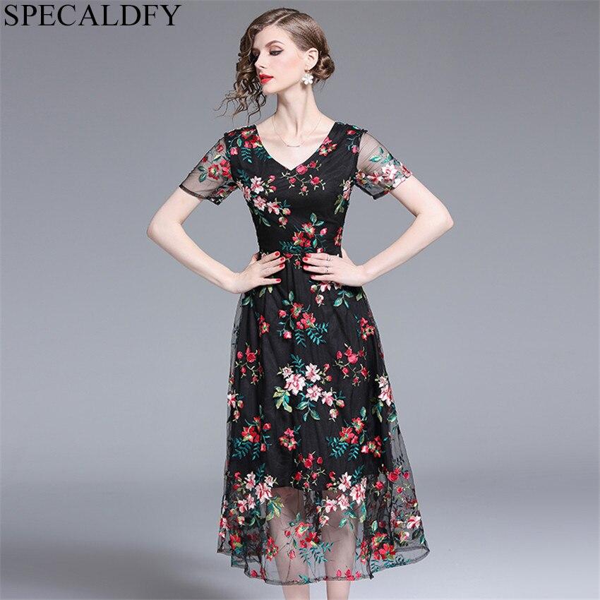 2019 Robe d'été femmes à manches courtes Sexy pure Floral broderie maille Robe dames Vintage robes mi-mollet Robe Femme