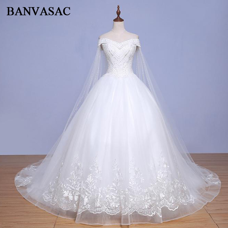 BANVASAC 2018 Vintage V Neck Lace Ball Gown Wedding Dresses Short Sleeve Appliques Real Photos Court Train Bridal Gowns