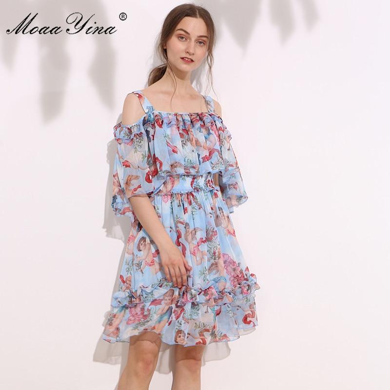 Kadın Giyim'ten Elbiseler'de MoaaYina Moda Tasarımcı Pist Kapalı tek omuzlu elbise Yaz Kadın Pelerin Kollu Spagetti Kayışı Cupid Baskı Elastik bel Elbise'da  Grup 1