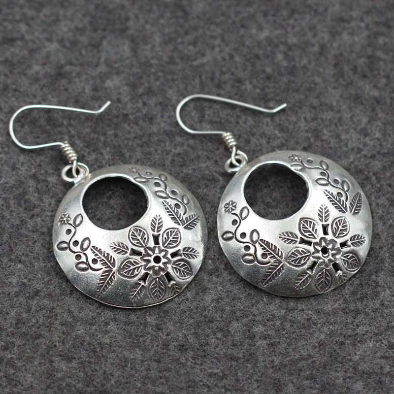 big flower carved 925 Sterling Silver Earrings lady Thailand original handmade silver wholesale import of Chiang Mai