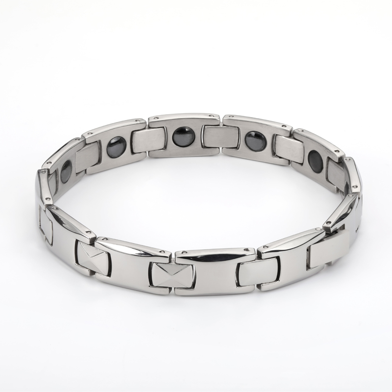 2019 Fashion man Bangles bracelets for men bijoux titanium 316L stainless steel Jewelry charm therapy magnetic bracelet (2)