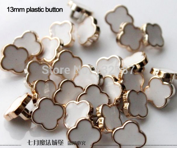300pcs/lot 13mm plastic sewing button gold with lacquer flower shape dress coat shank buttons black white free shipping BT072