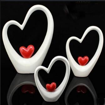 ceramic statue home decor crafts room decoration ceramic heart and heart ornament porcelain figurines wedding decorations image