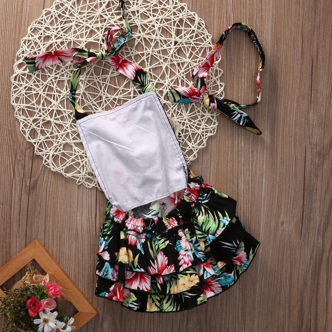 Baby Girl Bodysuit 2017 Hot Floral Fashion Backless Lace Sweet Baby Girls Bodysuit Ruffle Jumpersuit Outfit 0-24M