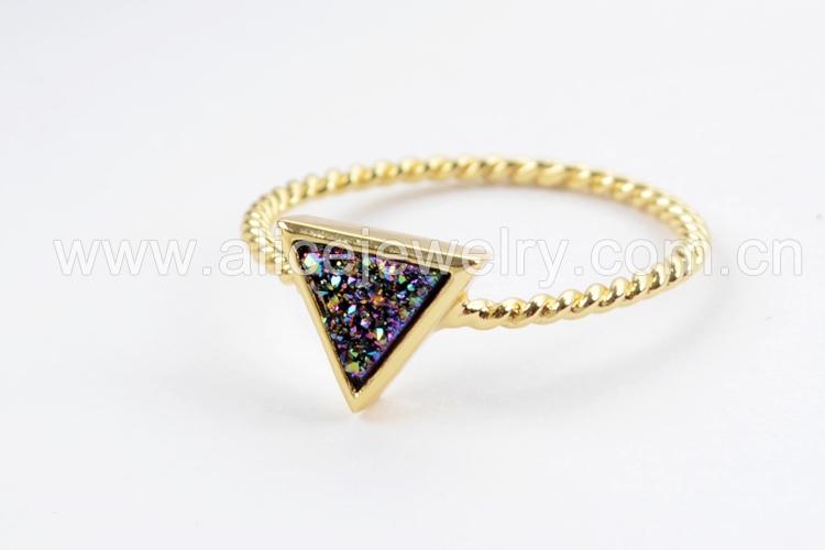 BOROSA 10PCS Gold Color Triangle Rainbow Drusy Rings, Mixed Colors Agates Titanium Rainbow Druzy Bezel Ring Women Jewelry ZG0290 8
