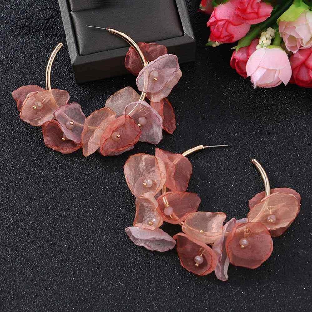 Badu Bohemian สีสันดอกไม้ Hoop ต่างหูแฟชั่นผู้หญิงน่ารักขนาดใหญ่รอบเรขาคณิตเส้นด้าย Trendy drop เครื่องประดับงานแต่งงาน