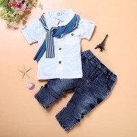 2 adet Bebek Erkek Beyefendi Beyaz Tees Yürüyor Çocuk Kısa Kollu Gömlek + Denim Kot Pantolon Giysileri Kıyafetler Set 2-7Y