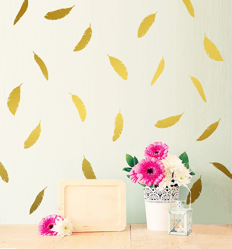 72 Feathers Wall Stickers, Six Sizes And 40 Colors To Choose From. It Can Be Separated From The Layout To Better Suit Your Room