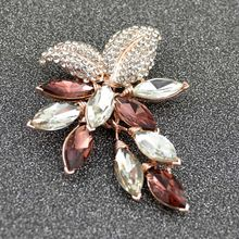 2018 New Style Big Crystal Flower Large Brooch Grape Pins and Brooches Wedding Jewelry Bijouterie Corsage Dress Coat Accessories
