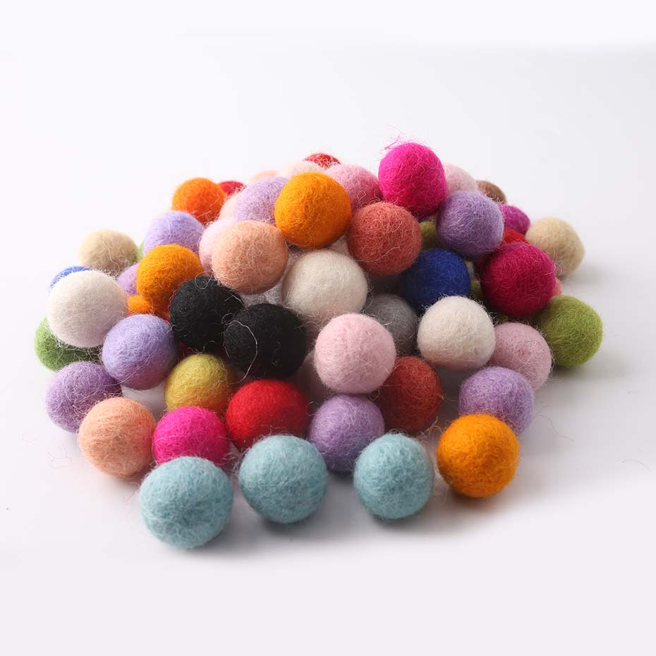 30PC 20mm Handmade Beads Chinese100% Nepal Wool Balls Home Wall Decor Colorful Beads Wool Felt Balls Christmas Gift Best Selling