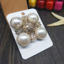 CX-Shirling 100% Real Picture Brooches Pin for Women Fashion Jewelry Pearl Rhinestone Lapel Pins Number 5 Brooch Pin For Wedding