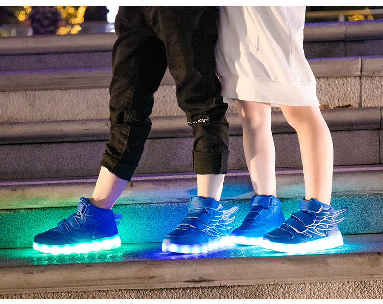 HTB1Bw5teb5YBuNjSspoq6zeNFXa7 - UncleJerry Kids Light up Shoes with wing Children Led Shoes Boys Girls Glowing Luminous Sneakers USB Charging Boy Fashion Shoes