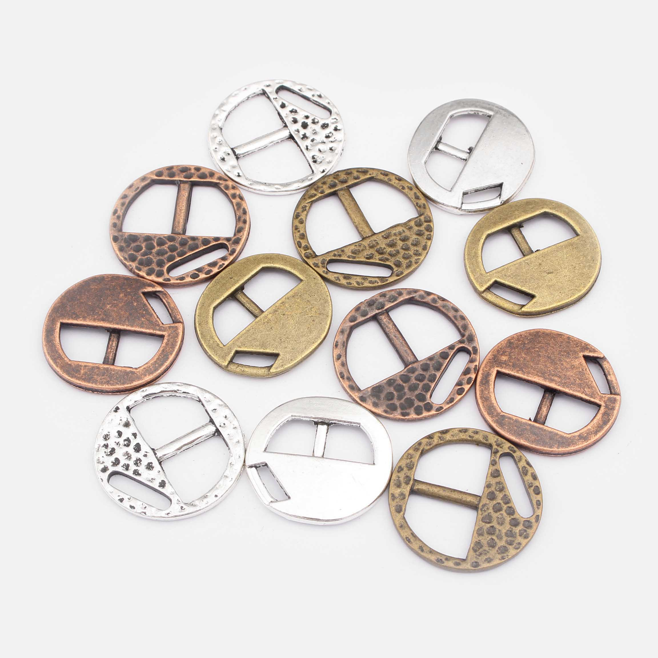 10pcs Fashion Jewelry Antique Silver Copper Bronze Hammered Buckle Clasps For 5mm 8mm Flat Leather Cord Bracelet Jewelry Making in Jewelry Findings Components from Jewelry Accessories