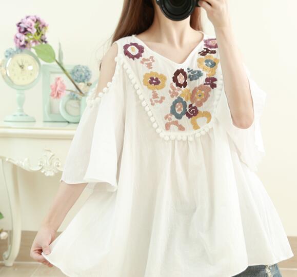 Summer Women Round Neck Shirt Loose Embroidery Cotton Linen Shirt Harajuku  Mori Girl Cotton Blouse Shirt