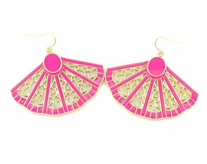 Fashion Hot Sale New Arrival Elegant Girls Earring Punk Fanghaped Neon Multicolor Color Exaggerated Earrings E661