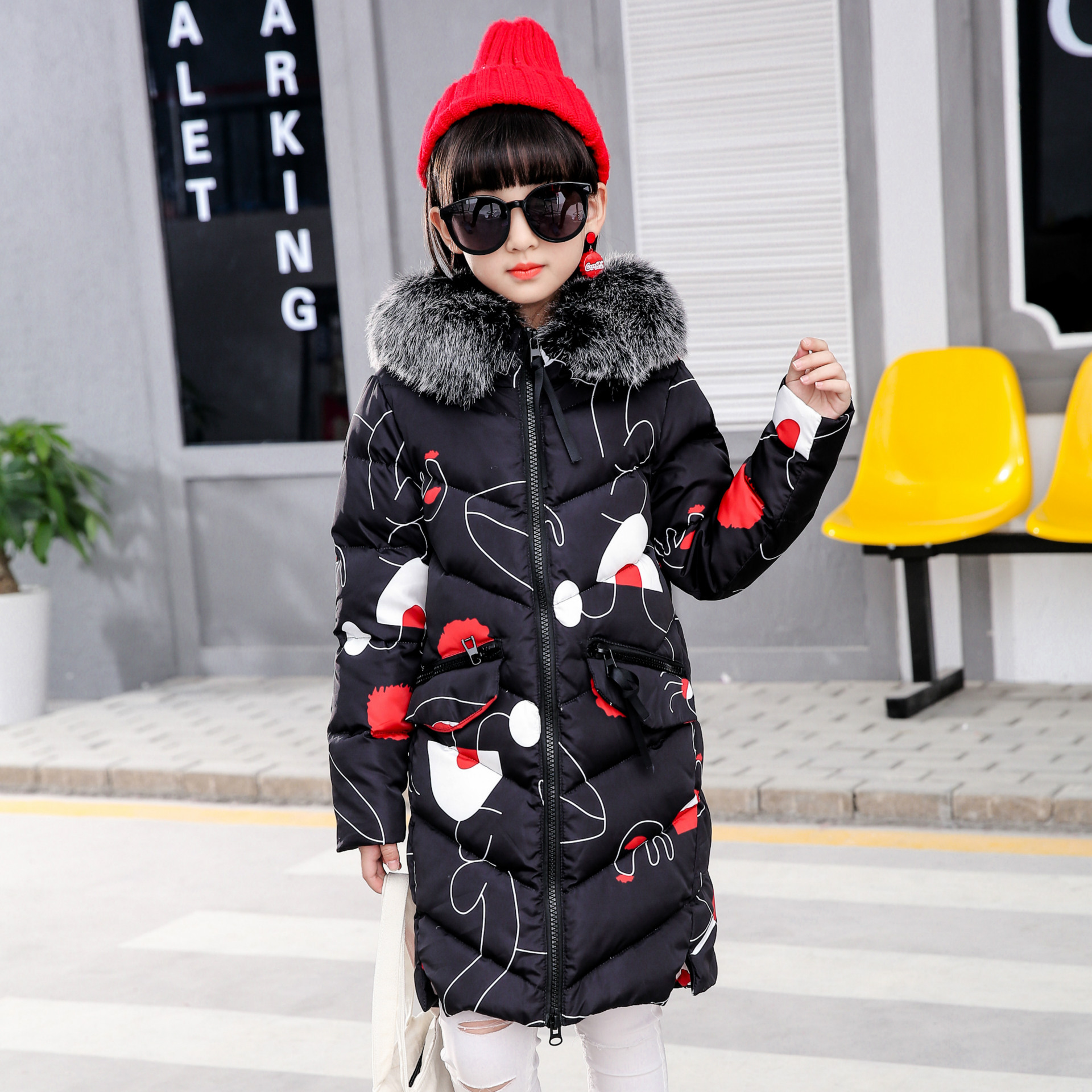 The Children Down In The Long White Eiderdown Girls Thick Winter Coat Fur Collar Down Jacket Children's lucky panda 2016 woman winter cotton thickened slim slim down in the long coat coat of students lkb186