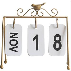 Image 5 - 2020 패션 수동 책상 금속 달력 홈 장식 사무실 테이블 calendario pared 나무 편지지 소녀 생일 선물
