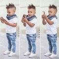 Conjuntos de Roupas de Bebê Menino Roupas de verão 2017 Meninos Do Bebê Crianças T-shirt + Calças Crianças Manga Curta Define 2 pcs a Roupa Do Bebê Recém-nascido