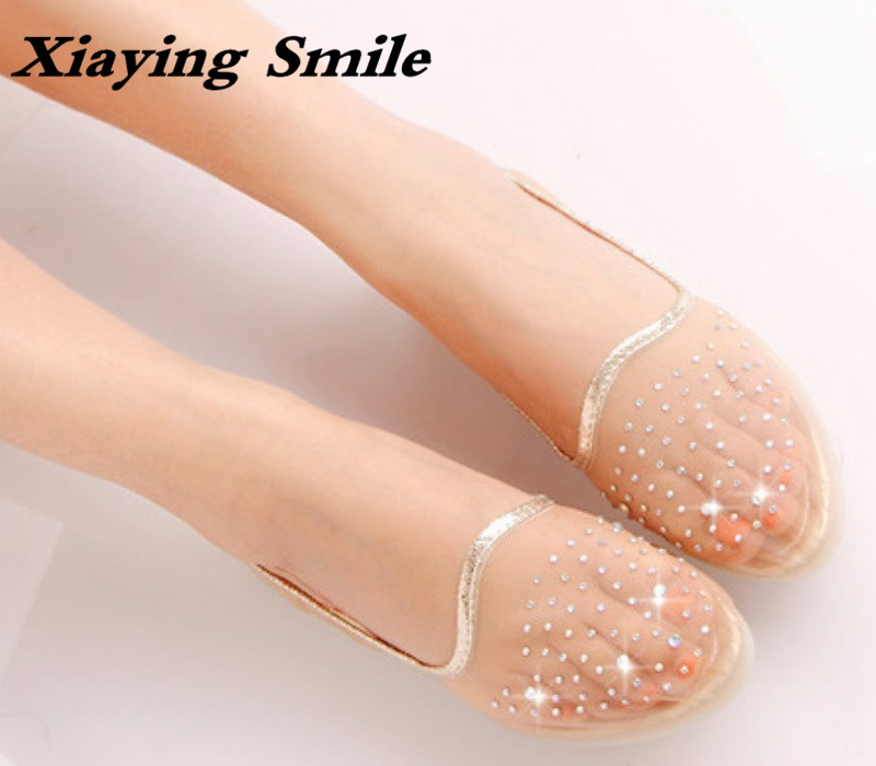 Xiaying Smile Women Flats Fashion Casual Solid Ladies Sweet Candy Color Crtystal Loafers Shallow Pointed Toe Soft Sole Shoes new 2017 spring summer women shoes pointed toe high quality brand fashion womens flats ladies plus size 41 sweet flock t179