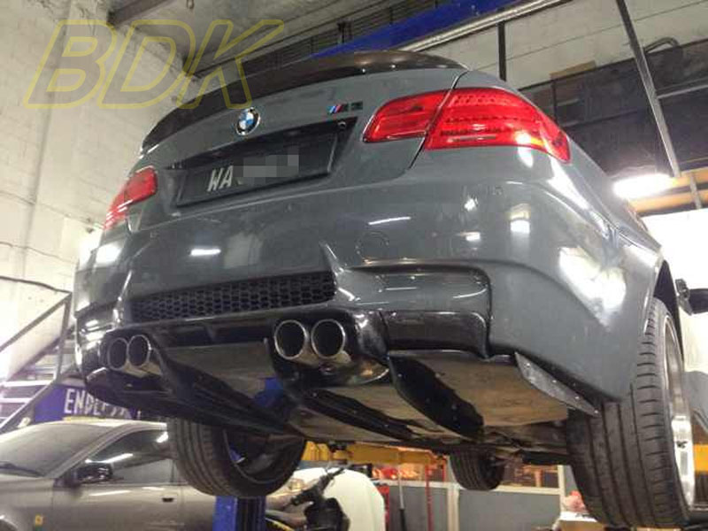 M3 Varis Rear Diffuser Rear Lip Kit E92 M3 Carbon Fiber E93 M3 CF Lip Spoiler Coupe Convertible Case For BMW 3 Series