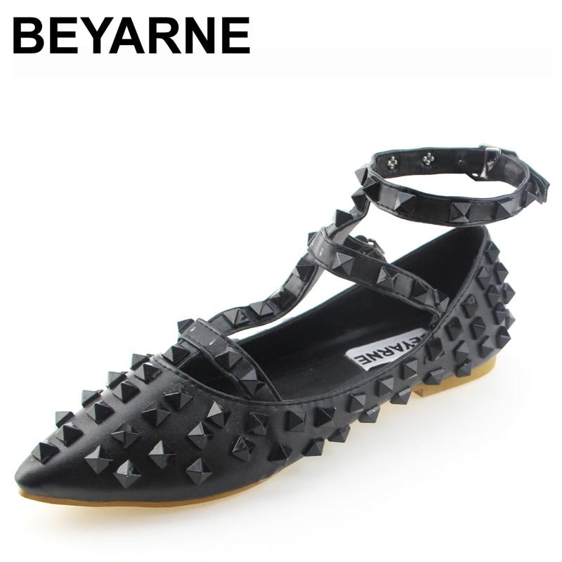 Forme a mujeres los zapatos remaches planos zapatos beyarne zapatos zapato con c