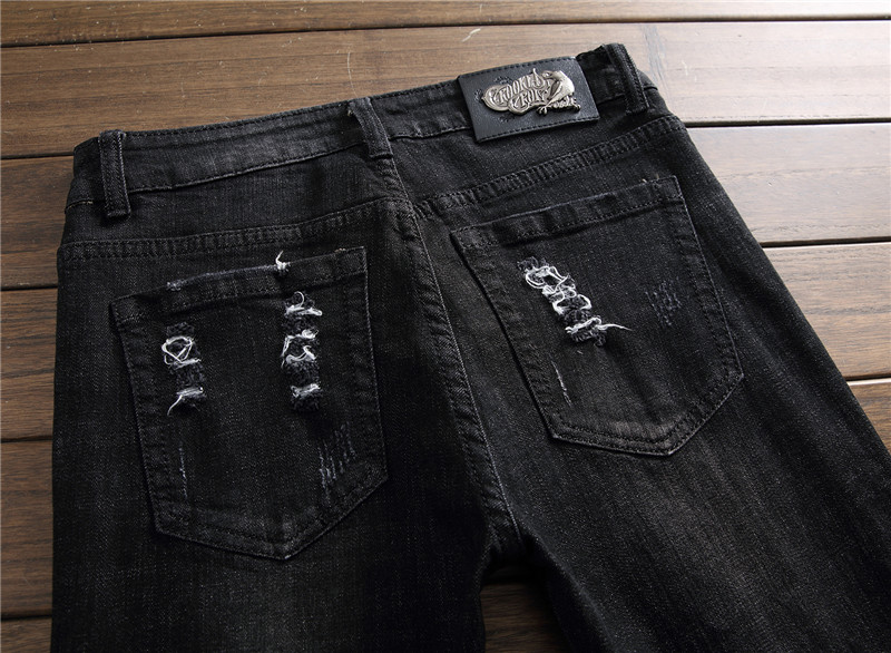 2019 New Fashion Brand Mens Ripped Rock Jeans Black Trousers Rose Embroidery Distressed Torn Denim Pants Men Hi Street Wear 8905# From Beatricl,