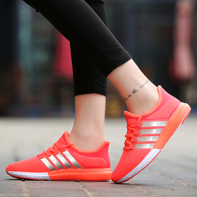 New Breathable Women Light Weight Casual Gym Jogging Shoes Female Flat Shoes Tenis Feminino Trainers Zapatillas Deportivas Mujer