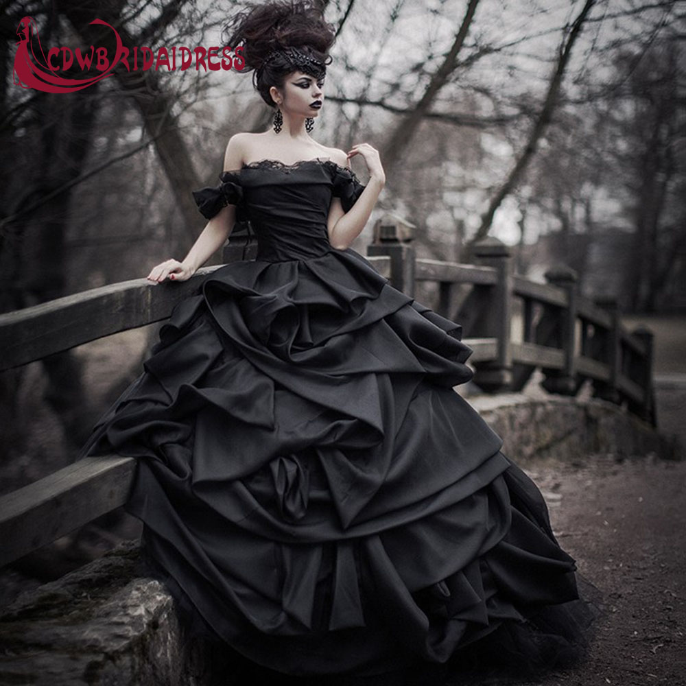 plus size vintage black gothic wedding dresses 2017 pleat taffeta off the shoulder tiered ruched lace