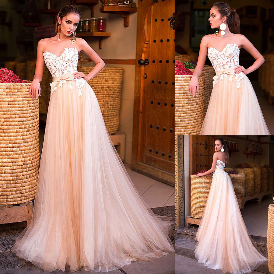 Fantastic Tulle Sweetheart Neckline A-line Wedding Dress With Lace Appliques Champagne Bridal Dress vestido de noiva praia