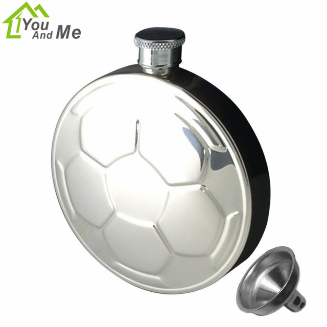 Creative 4.5oz Soccer Printing Round Hip Flask Stainless Steel Flagon Whiskey Bottle Pot 100x23x116MM