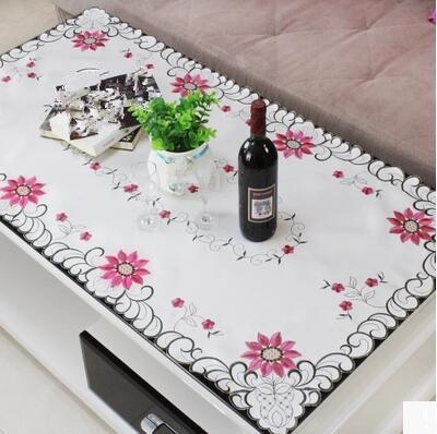 La table basse de salon nappe rectangulaire petite nappe carrée ...