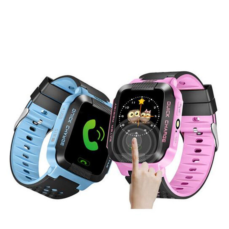 Q528 Camera Touch Screen Kids GPS Watch with Lighting smart watch phone Location SOS Call remote Monitor pk Q50 Q80 Q90 Q100