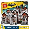 1608 шт. Новый Super Heroes Бэтмен 07055 Arkham Asylum DIY Модель Строительство Комплект Блоков Подарки Фильм Игрушки Совместимость с Lego