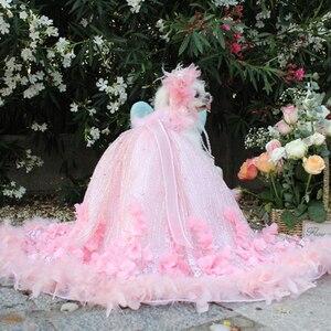 Платье в стиле принцессы для собаки, свадебное платье со шлейфом для маленьких собак, ручная работа, вышивка перьями, одежда для щенков, круж...