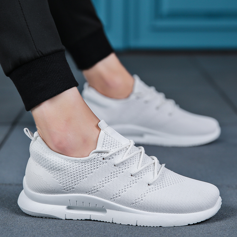 Light Weight Casual Shoes For Men Summer Flyweather Blcak White Breathable Adult Male Shoes Outdoor Trainers Sneakers Men