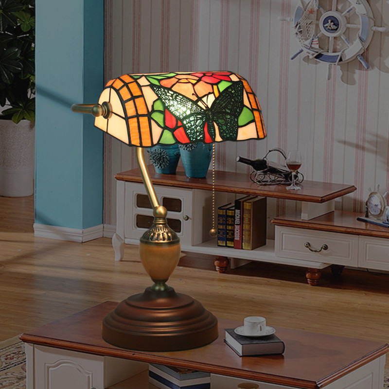 European butterfly style retro tiffany lamp ,manual work glass table lamp for decoration with 5W LED E27 TFD-006 bank desk lamp