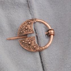 Retro Viking Hollow Belt Buckle Brooch Cloak Medieval Jewellery Pin B8C4