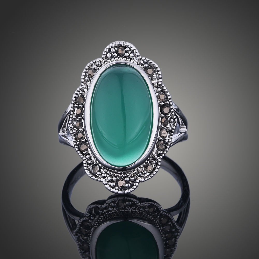 vintage ring Cameo Antique Silver Bohemian Rings for Women Boho Fashion Green Opal Ring Bijoux Jewelry J02814
