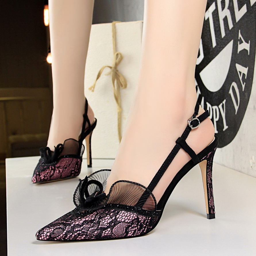 цены New women sexy party sandals high heel wedding pointed toe shoes lace thin heels 9 cm black green pink summer lady female shoes