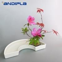 Brief White Ceramic Flowerpot Semicircle Flower Pot Hydroponics Vase Desktop Planters Flower Arrangement Decor Wedding Ornaments
