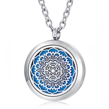 30mm magnetic 316L stainless steel essential oil diffusing necklace aroma locket pendant (free felt pads and a silver chain)