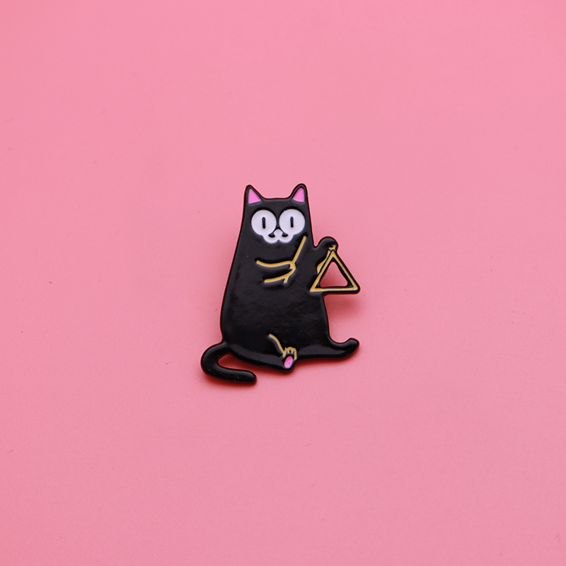 Playing Musical Instruments Cat Brooch Badge Enamel Bag Pin Oil Drop Collar Corsage Accessories Scarf Buckle Q092