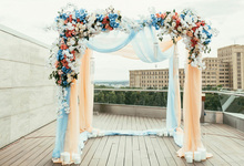 Laeacco Wedding Backgrounds Stage Flower Wreath Curtain Wooden Floor Baby Portrait Scenic Photography Backdrops For Photo Studio 10x10ft 3x3m scenic muslin backgrounds photography photo studio backdrops hand painted flower muslin backdrop wedding