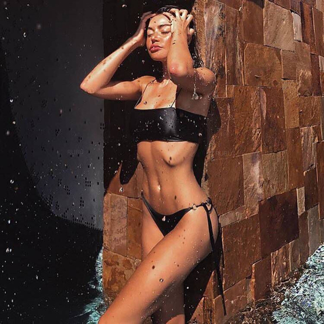 stirng-bikini-models-gets-fucked