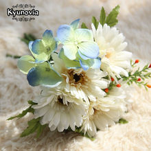 Kyunovia Wild Boho Fall Bridesmaid Wedding Bouquet Sunflower Ivory Gerbera Dropped in a vase Bridal Bouquet Wholesale D44(China)
