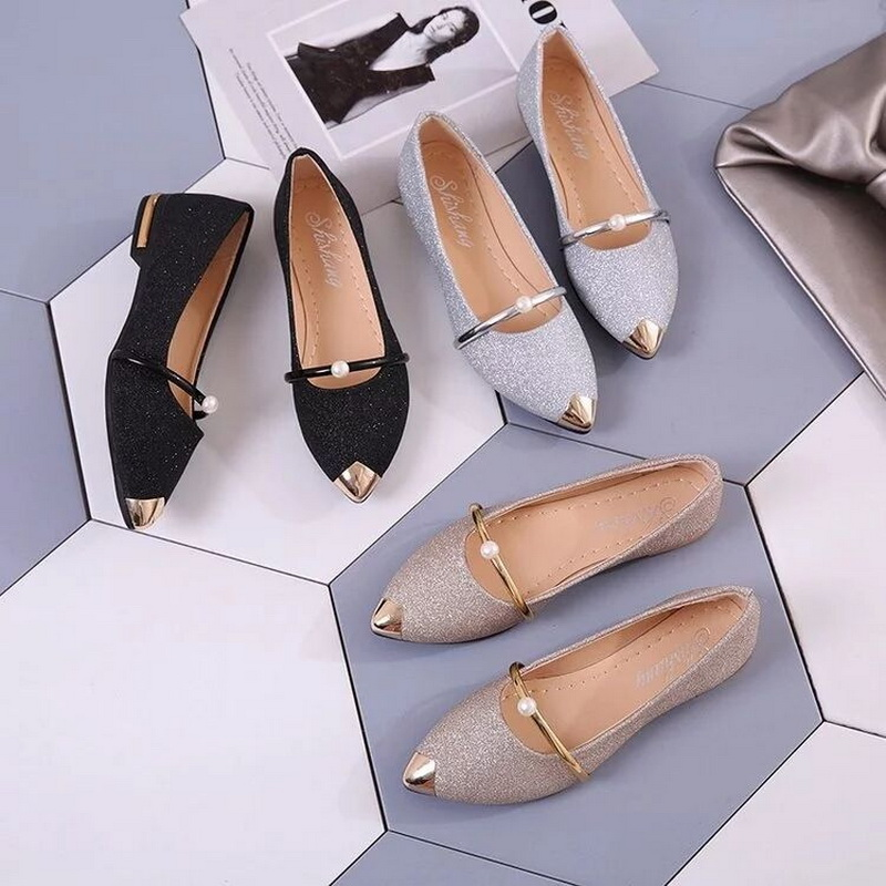 Women Flats shoes Spring Bling Gold Pointed Toe Mary Janes Shoes Woman Slip on Flat Shoes Bead Ladies Shoes Comfortable LoafersWomen Flats shoes Spring Bling Gold Pointed Toe Mary Janes Shoes Woman Slip on Flat Shoes Bead Ladies Shoes Comfortable Loafers